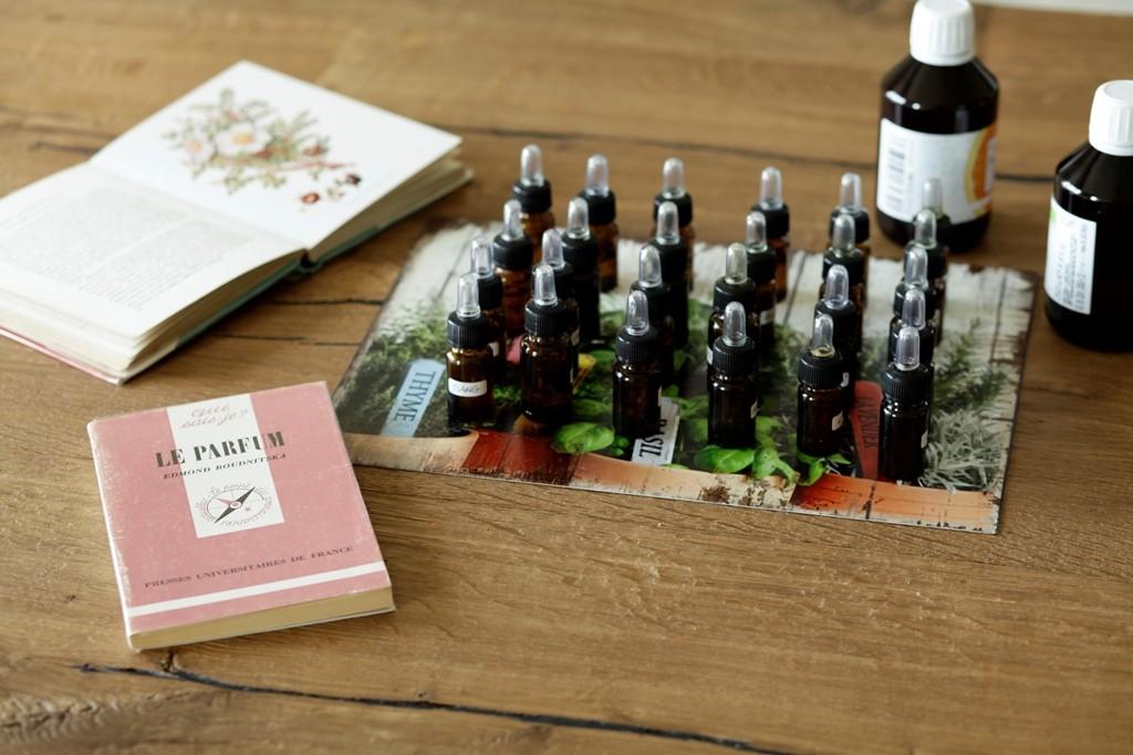 Aromaterapia e Profumeria botanica