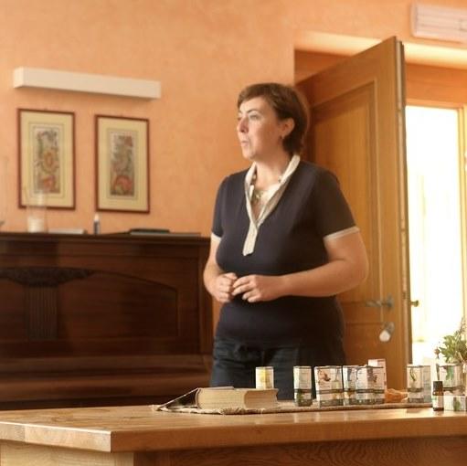 elena cobez aromaterapia emozionale